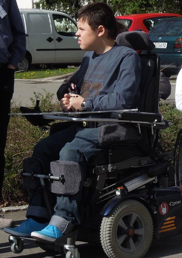 Beispiel Elektro-Rollstuhlfahrer