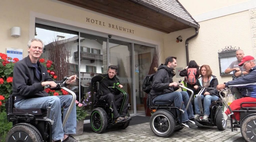 Noch ein barrierefreies Zimmer im Hotel Bräuwirt frei vom 20-24.09.2015 in Kirchberg.Tirol (Kitzbühel