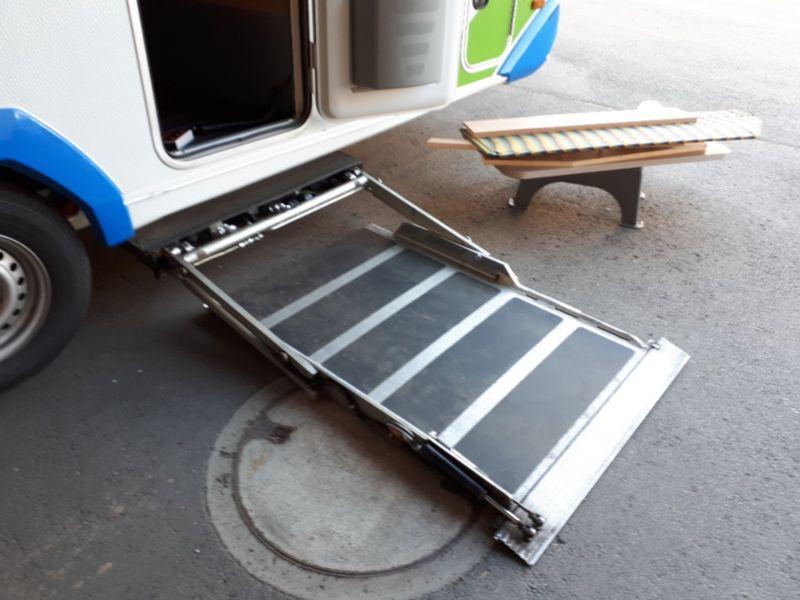 Kühlschrank Wohnwagen : Rollstuhl wohnwagen knaus sport & fun 480 zu verkaufen behindert